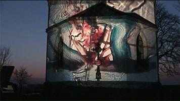 Lightpainting auf eine Kapelle